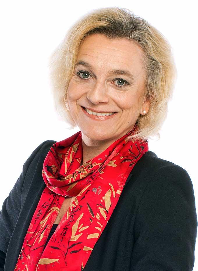 Dr. Kathrin Amacker