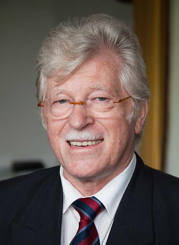 Walter Fust